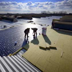 Insulation solutions for commercial industrial and storage buildings