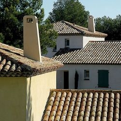 Provence and Languedoc regional roof outlet